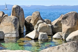 Rock Formation Lake Tahoe01.jpg