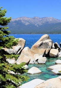 Rock Formation Lake Tahoe04.jpg