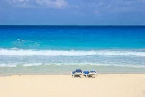 Beach Chairs Cancun.jpg